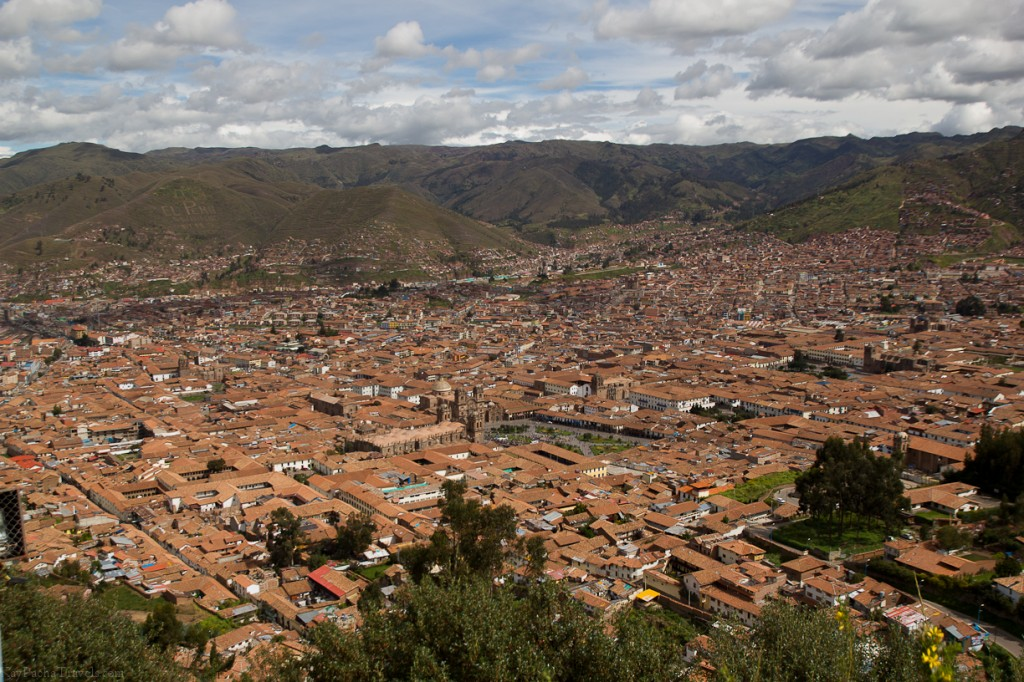 The road to Sacsayhuaman: A photo story