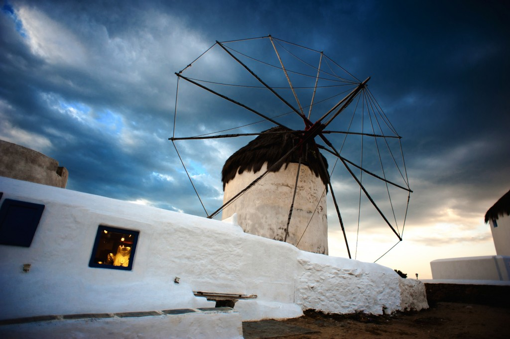 Greece Getaways – Make the Most of Your Summer Holiday Moments in Mykonos